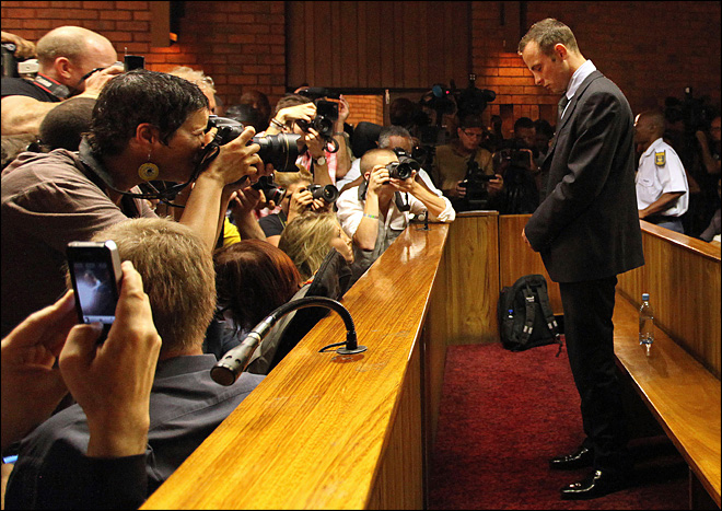 Friends cheer as Pistorius is granted bail in murder case