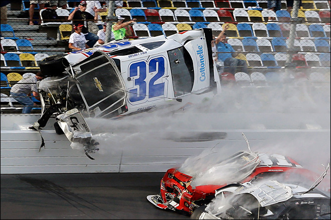 Fans injured when car sails into fence at Daytona