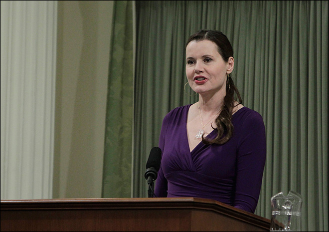 Geena Davis says Oscar host was disrespectful to women