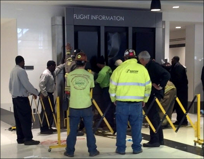 Alabama airport sign falls on family, killing boy