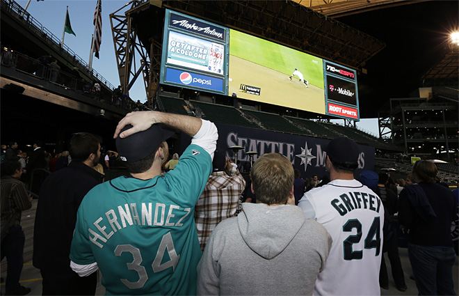 Mariners Watch Party Baseball