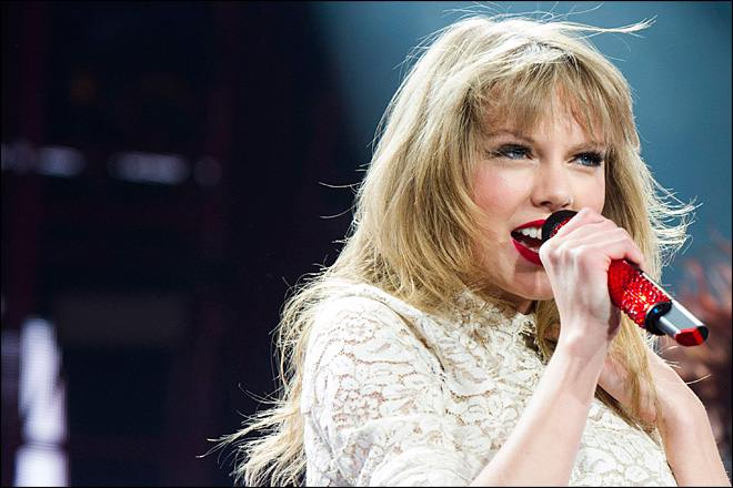 Swift, Bieber, Mars to perform at Billboard Awards