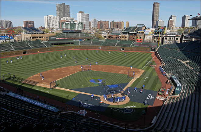 Cubs, Chicago close to Wrigley renovation deal