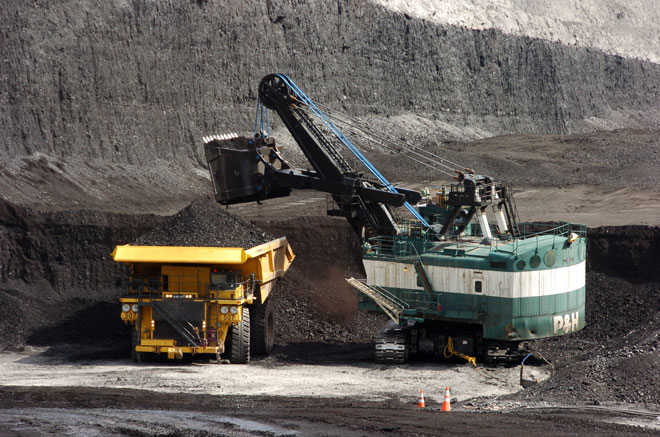 Feds probe coal mining companies, as shipments to Asia increase