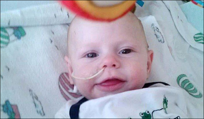 Mother: Feeding tube got wrapped around baby's neck