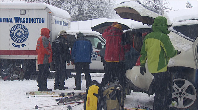 Dangerous conditions stop search for missing avalanche victim