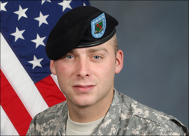 Soldier gets 16 years in spy case