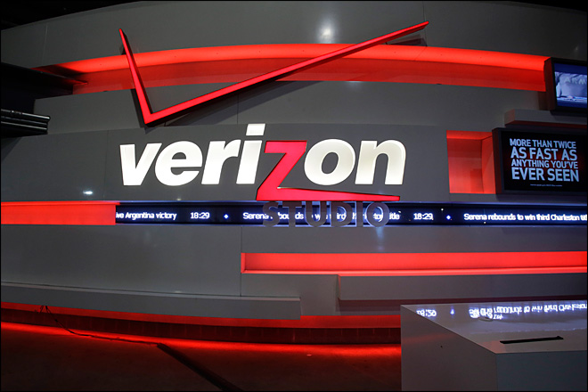 Verizon rakes in wireless fees in 1st quarter