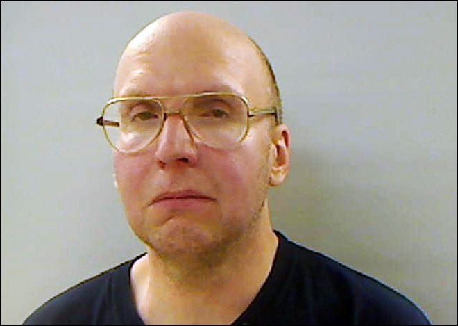 Affidavit: Maine hermit carried bacon, syrup, $395
