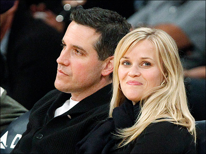 Reese Witherspoon 'deeply embarrassed' after arrest