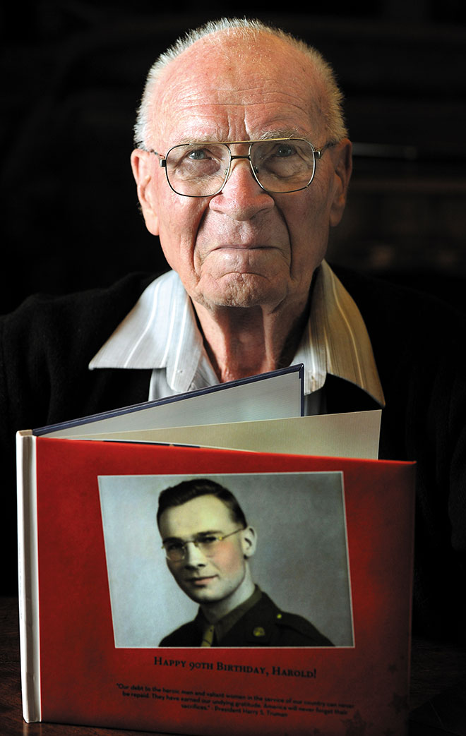 Book tells story of Oregon man's WWII rescue
