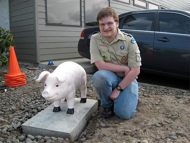 Eagle Scout paints police pig pink again