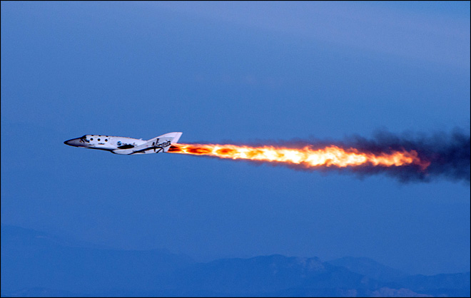 Virgin Galactic spaceship makes first powered flight
