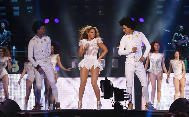 The Mrs. Carter Show World Tour 2013- London