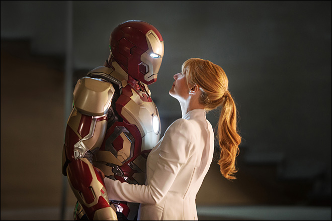 Review: 'Iron Man 3' loaded down by heavy metal