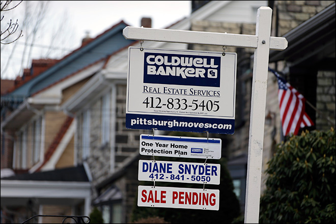 U.S. rate on 15-year mortgage at record 2.56 percent
