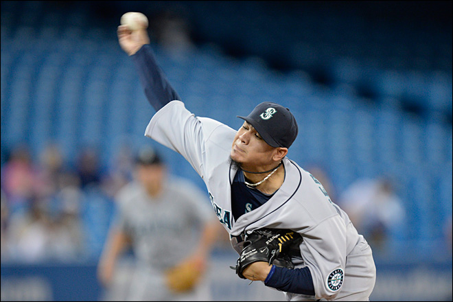King Felix dominates, Mariners blank Blue Jays, 4-0