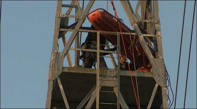 Climber killed in fiery plunge on Seattle high-voltage tower