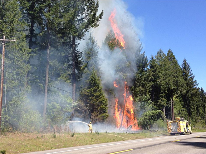 Fires spread with high winds, warm temps: 'It feels like August, not May'
