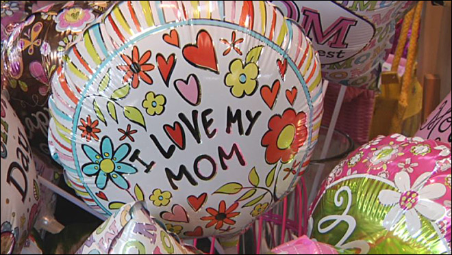 Study: One in five people forgets mom on Mother's Day