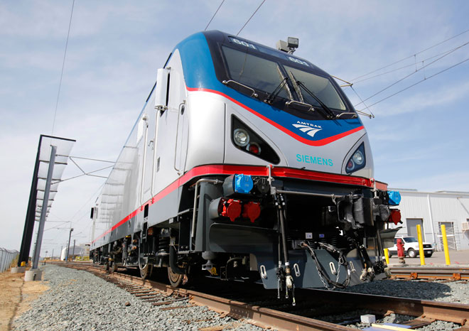Amtrak carries record number of passengers
