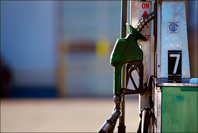 US gas prices drop 2 cents over past 2 weeks