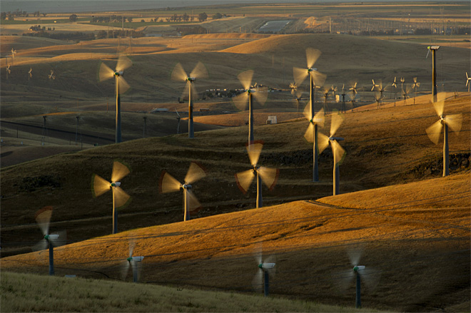 Report: Global renewable energy growing fast