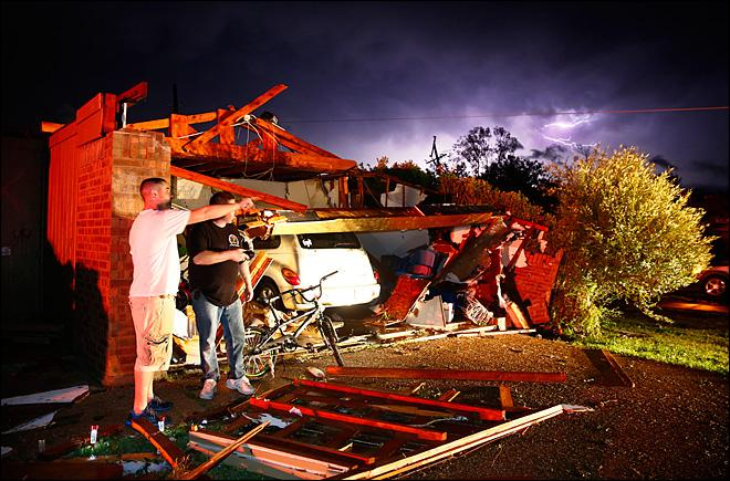 At least 6 dead as tornadoes flatten homes in Texas
