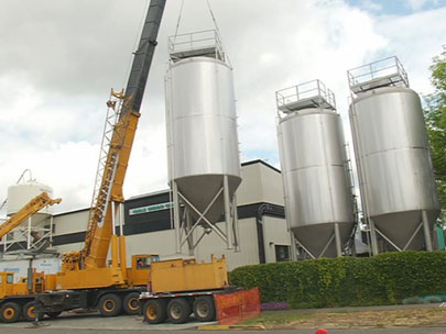New fermentation tanks arrive at Ninkasi brewery