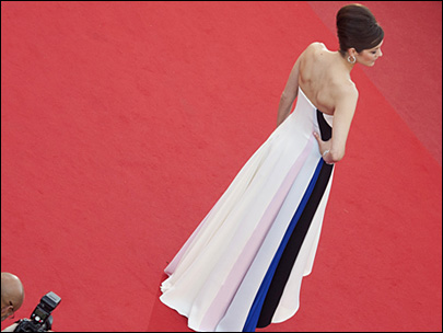 Photos: Glitzy premieres continue at Cannes