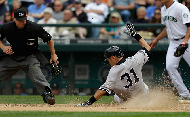 Mariners lose in 9th to Yankees, 2-1