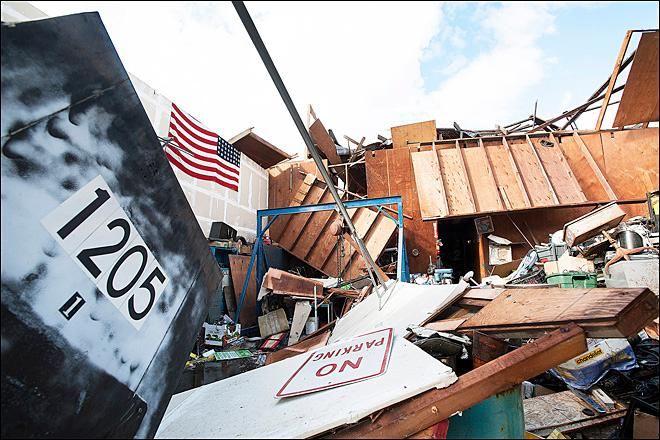 Tornado strikes McMinnville, destroys three buildings