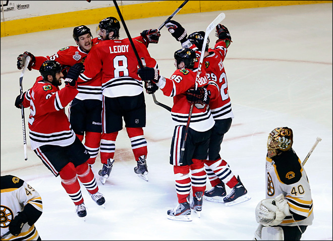Blackhawks beat Bruins in triple-overtime thriller