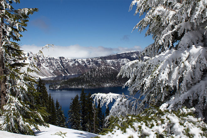 Government shutdown closes Crater Lake