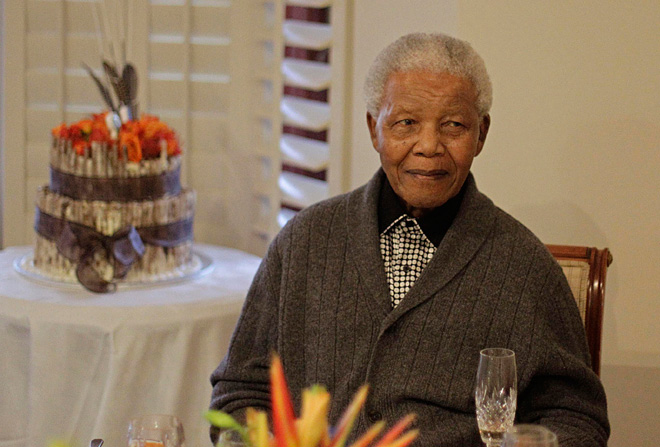 Nelson Mandela, South Africa's peacemaker, dies at 95