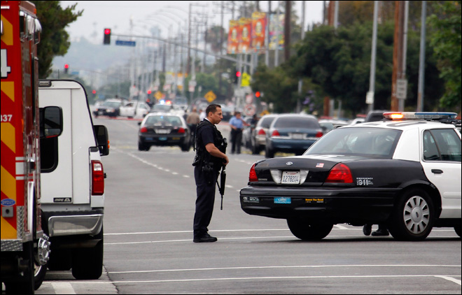 Gunman in black ambushes 2 undercover LAPD detectives
