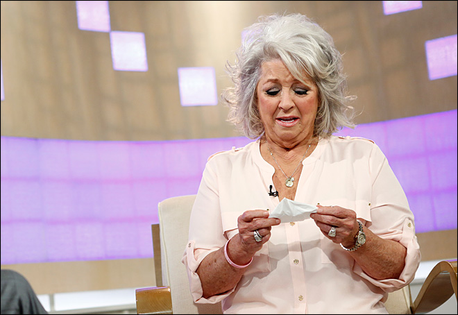 Tearful Paula Deen makes first public appearance in months