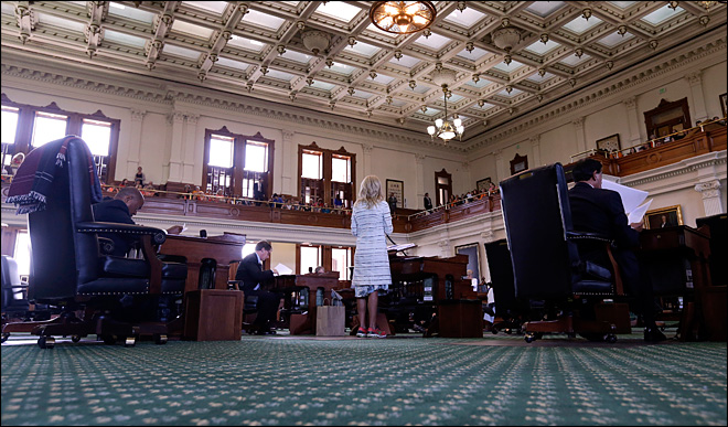 Texas gov. calls 2nd special session on abortion