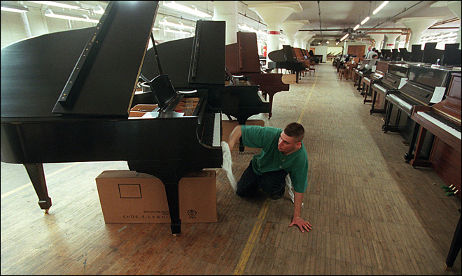 Steinway accepts $438 million buyout from Kohlberg & Co.