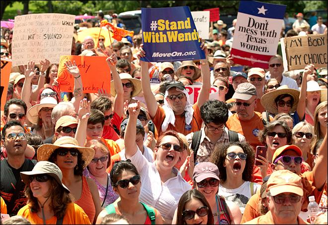 Texas lawmakers reconvene for new abortion fight