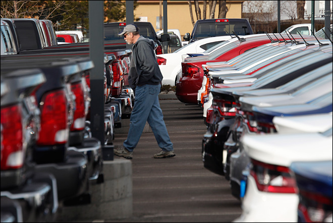 Strong June seen for auto sales, led by pickups