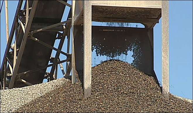 Delta's plans to expand gravel mine met with concerns