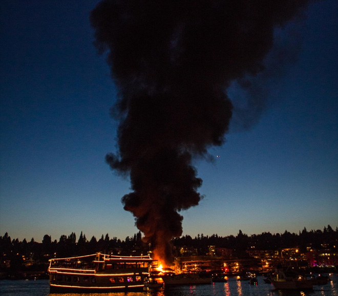 Several boats damaged in fast moving Lake Union blaze