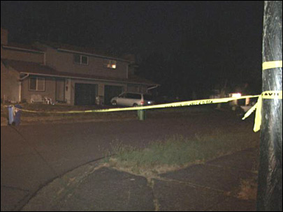 Police: Man collapses, dies on west Eugene sidewalk