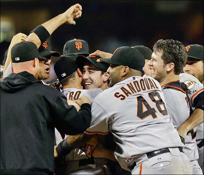 Tim Lincecum throws no-hitter against San Diego