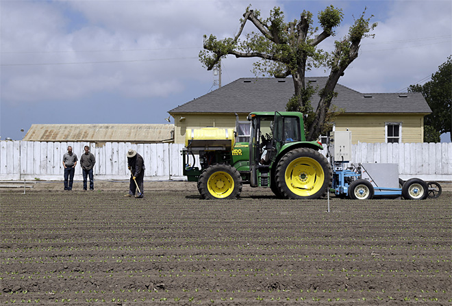 Food and Farm Robots on the Farms