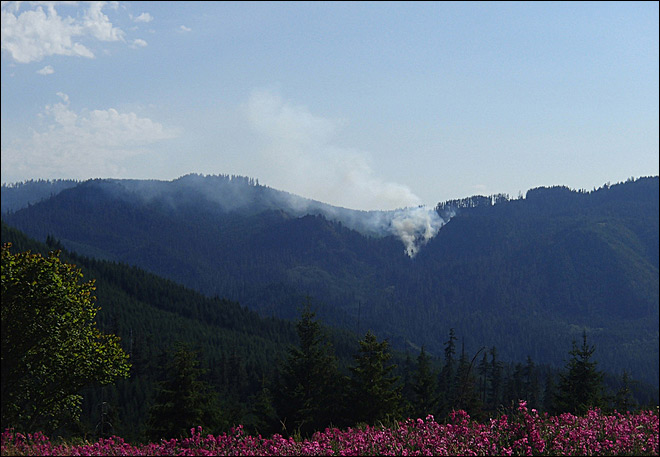 24 hours of fires - Landes Fire near Oakridge