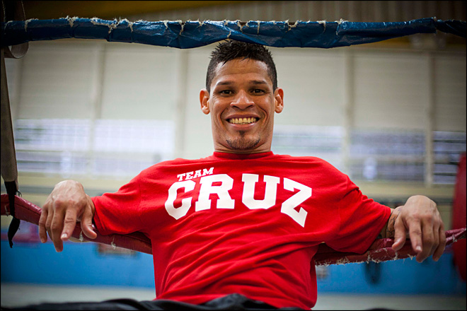 Puerto Rico gay boxer Orlando Cruz to marry