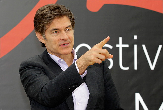 Dr. Oz rushes to scene after taxi jumps curb in NY
