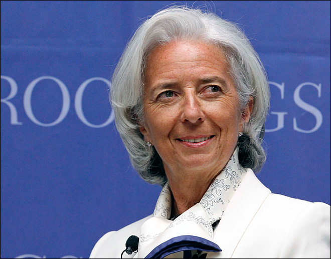 IMF head: Weak nations still need central-bank aid